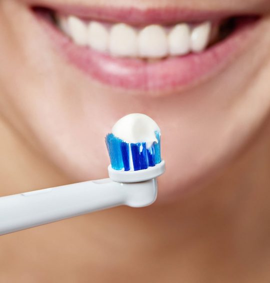 Handy Tips To Use Electric Toothbrush For Better Results