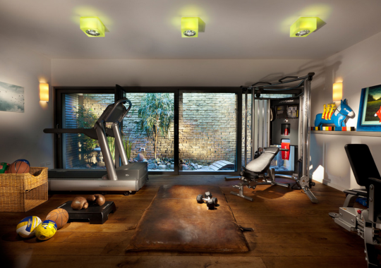 3 Reasons Why You Should Start Considering Building A Home Gym